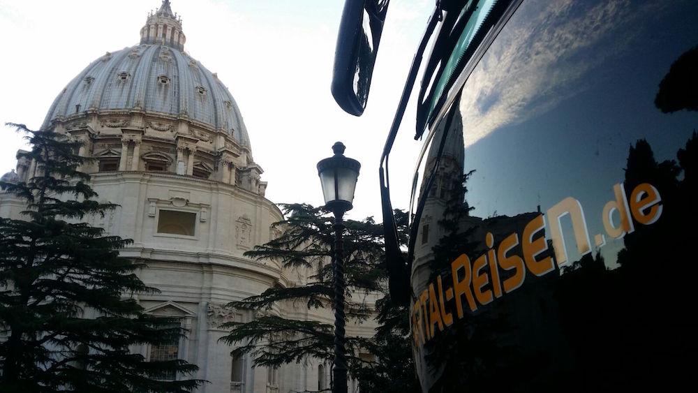 Mit dem Bus nach Rom